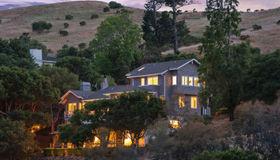 100 West Oak Knoll Drive, San Anselmo, CA 94960