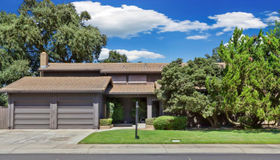 233 Royal Oaks Court, Lodi, CA 95240
