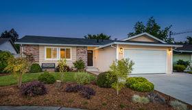 1720 Clairmont Court, Petaluma, CA 94954