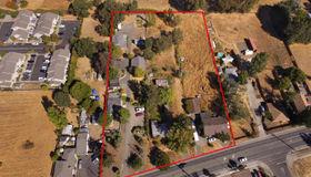 1727 Hearn Avenue, Santa Rosa, CA 95407