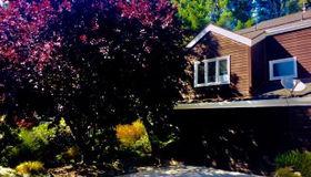 44883 Suntrap Meadow Circle, Mendocino, CA 95460