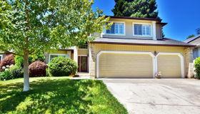 5095 Deerwood Drive, Santa Rosa, CA 95403