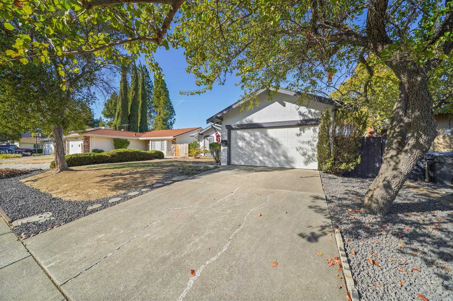 2756 Owens Street, Fairfield, CA 94534 now has a new price of $429,000!