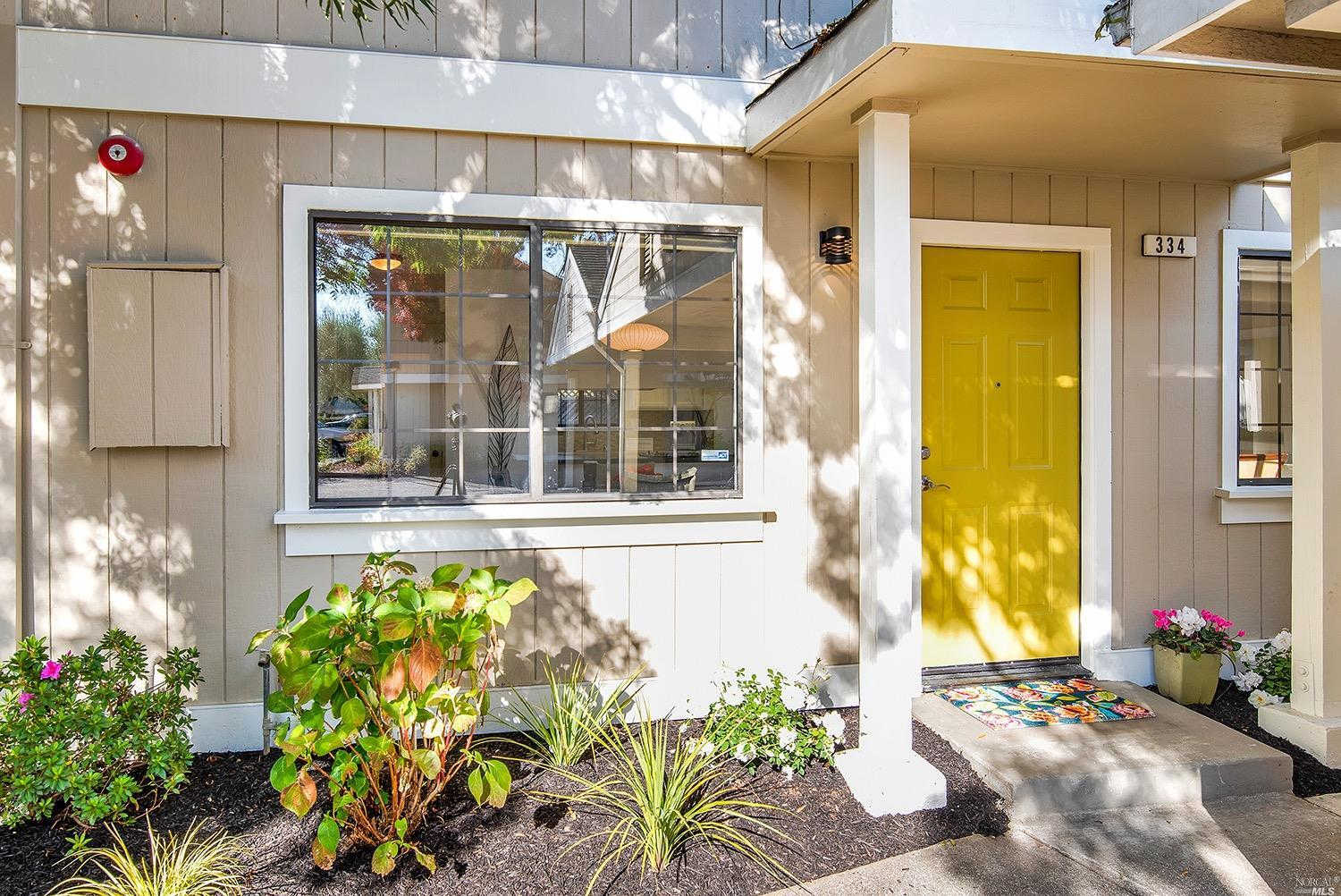 334 Piper Street, Healdsburg, CA 95448 now has a new price of $619,000!