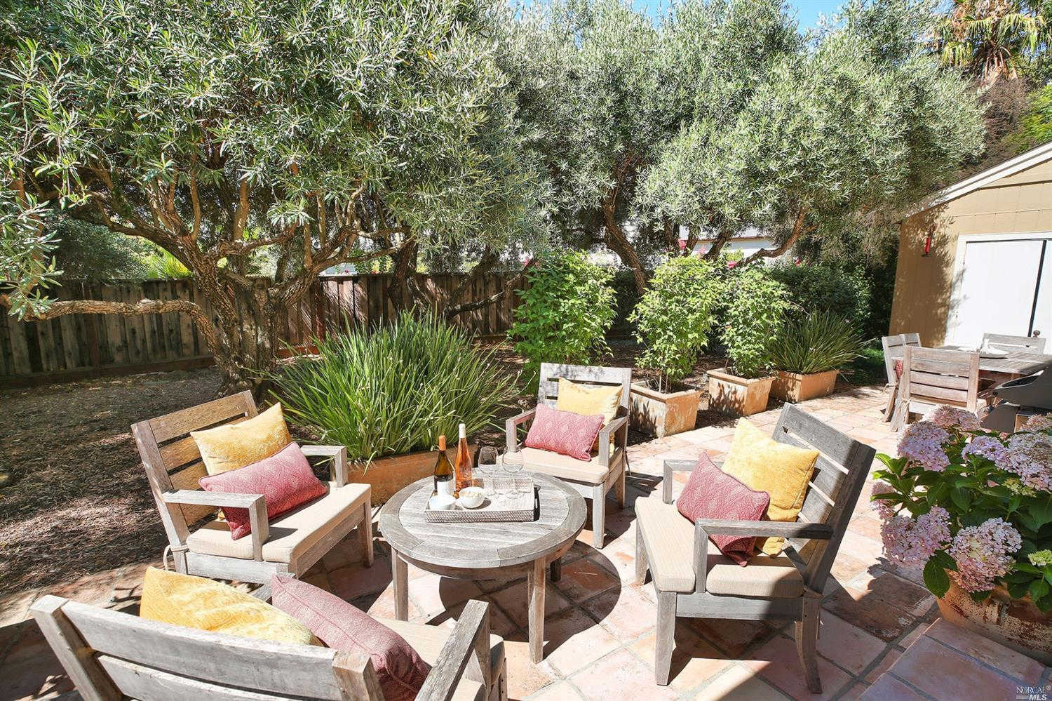 1825 Granger Way, St. Helena, CA 94574 is now new to the market!