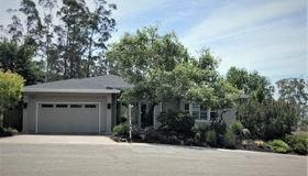 3202 Cobblestone Drive, Santa Rosa, CA 95404
