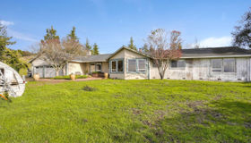 4401 Pepperwood Drive, Penngrove, CA 94951