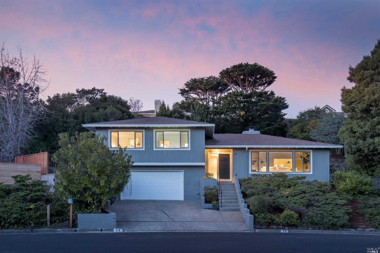 Video Tour  - 39 Reed Ranch Road, Tiburon, CA 94920