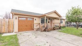 1030 Boyd Street, Santa Rosa, CA 95407