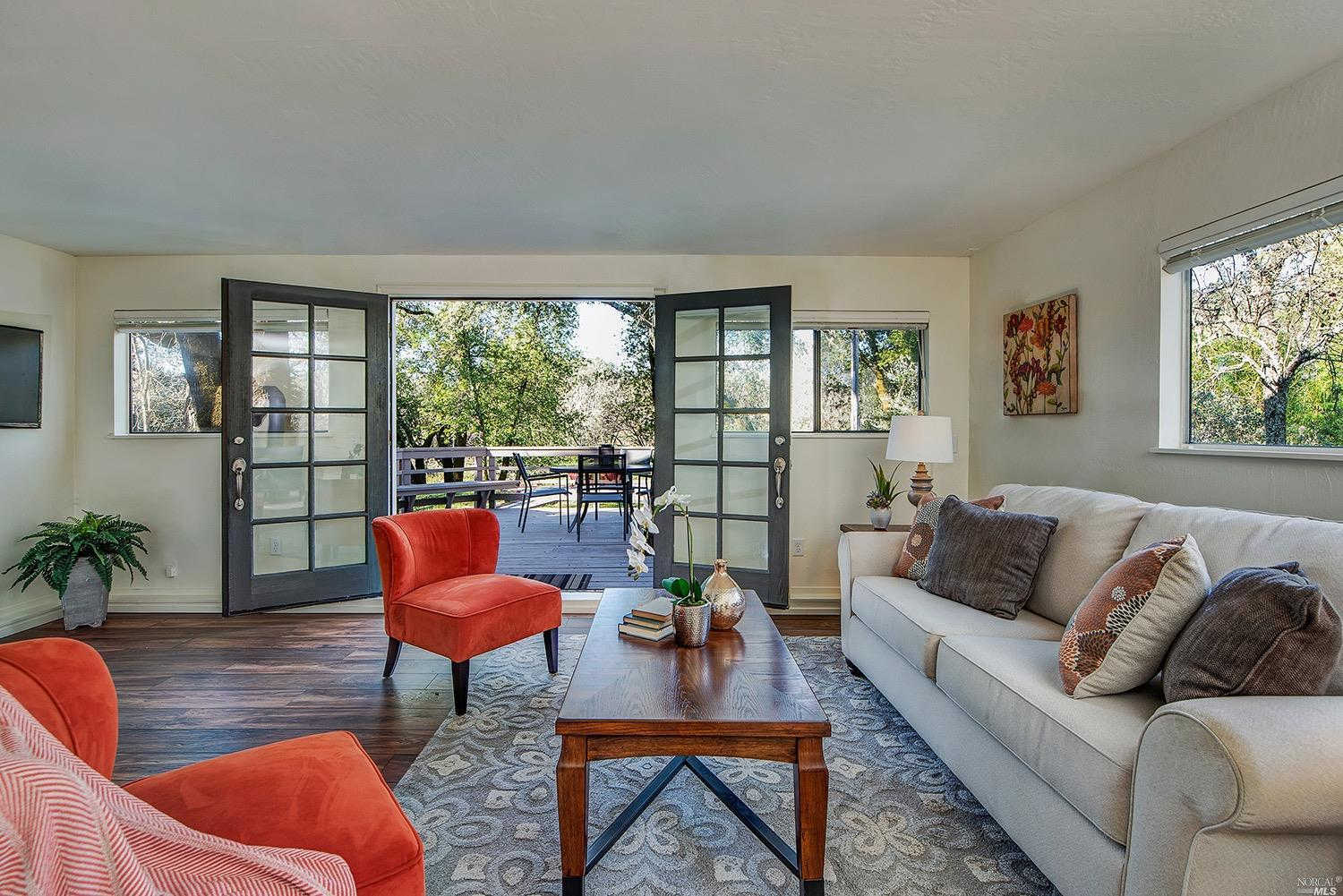 14183 Chalk Hill Road, Healdsburg, CA 95448 is now new to the market!