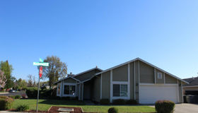 336 Woodstock Circle, Vacaville, CA 95687