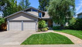4839 Fernglen Drive, Santa Rosa, CA 95405