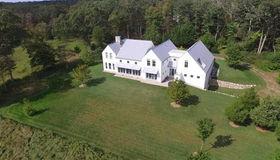 600 Horseneck Rd, Dartmouth, MA 02748