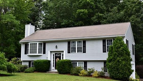 34 Hyland Ave, Leicester, MA 01524