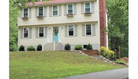 30 Hudson Road, Oxford, MA 01540