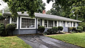 5 Deed Cir, Brockton, MA 02302