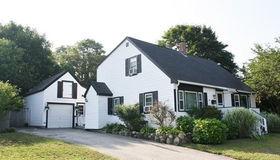 151 Homestead Ln, Falmouth, MA 02536