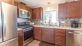 92 Warren Ave, Chelmsford, MA 01824