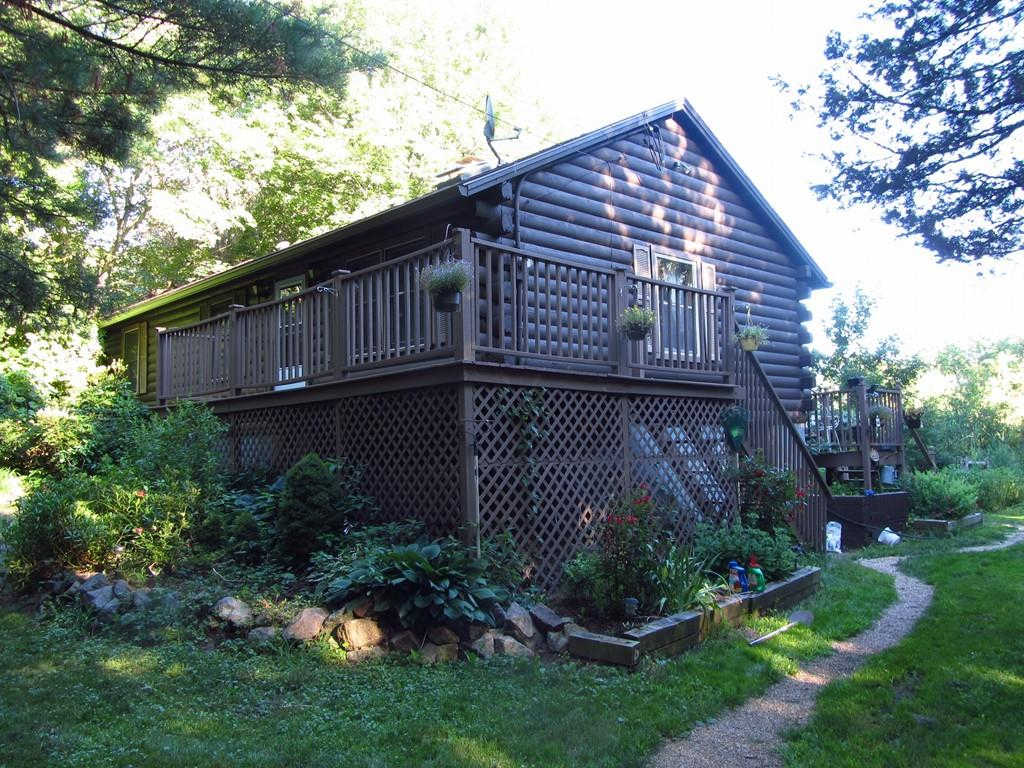 15 Plummers Ln, Newbury, MA 01951 now has a new price of $420,900!