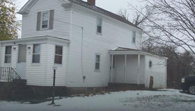 52 Milton St, Dartmouth, MA 02748