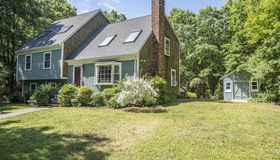 92 County Street, Lakeville, MA 02347