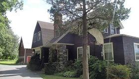 609 Waltham St, Lexington, MA 02421