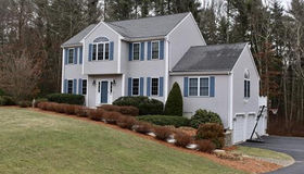 93 Kiana Way, Taunton, MA 02780