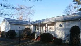 909 Pheasant Ln, Middleboro, MA 02346