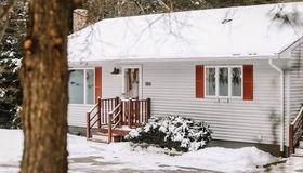 1188 W Brookfield Rd, New Braintree, MA 01531