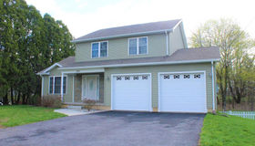 242 Kendall St, Ludlow, MA 01056