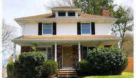 24 Rockland Rd, Auburn, MA 01501
