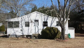 32 Everson Ave, Plymouth, MA 02360
