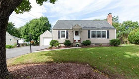 16 Rochelle St, Worcester, MA 01606