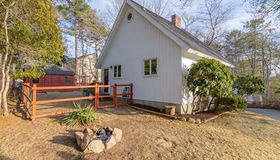 1 Upland Rd, Plymouth, MA 02360