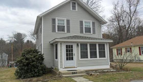 220 Pond St, Ashland, MA 01721