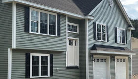 17 Greenview Rd, Stoneham, MA 02180