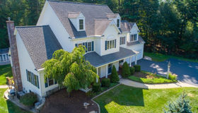 1 Fox Run Road, Upton, MA 01568