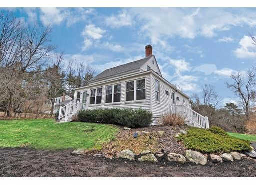 346 Chestnut St, Wrentham, MA 02093 is now new to the market!