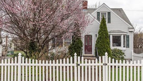 126 Robertson St, Quincy, MA 02169