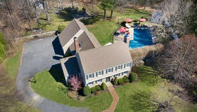 63 Riverside Dr, Norwell, MA 02061