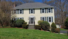 27 Wadsworth Rd, Ashland, MA 01721
