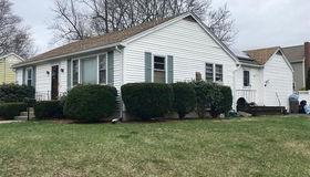 43 Chestnut Ave, Auburn, MA 01501