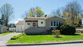 11 Chino Ave, Worcester, MA 01605
