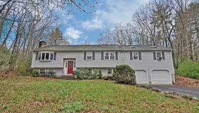 106 Northbridge Rd, Mendon, MA 01756