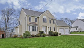138 Old Wood Rd, North Attleboro, MA 02760