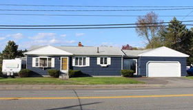 1898 Grand Army hwy, Somerset, MA 02726