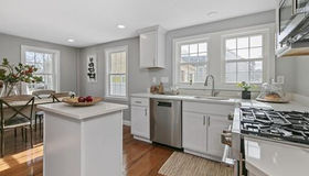 218 West St #1, Reading, MA 01867