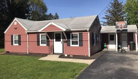 3 Oakview St, Worcester, MA 01604