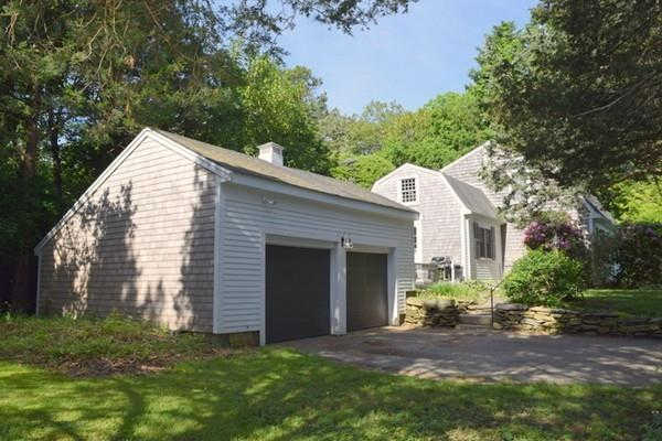 39 River St, Kingston, MA 02364 is now new to the market!