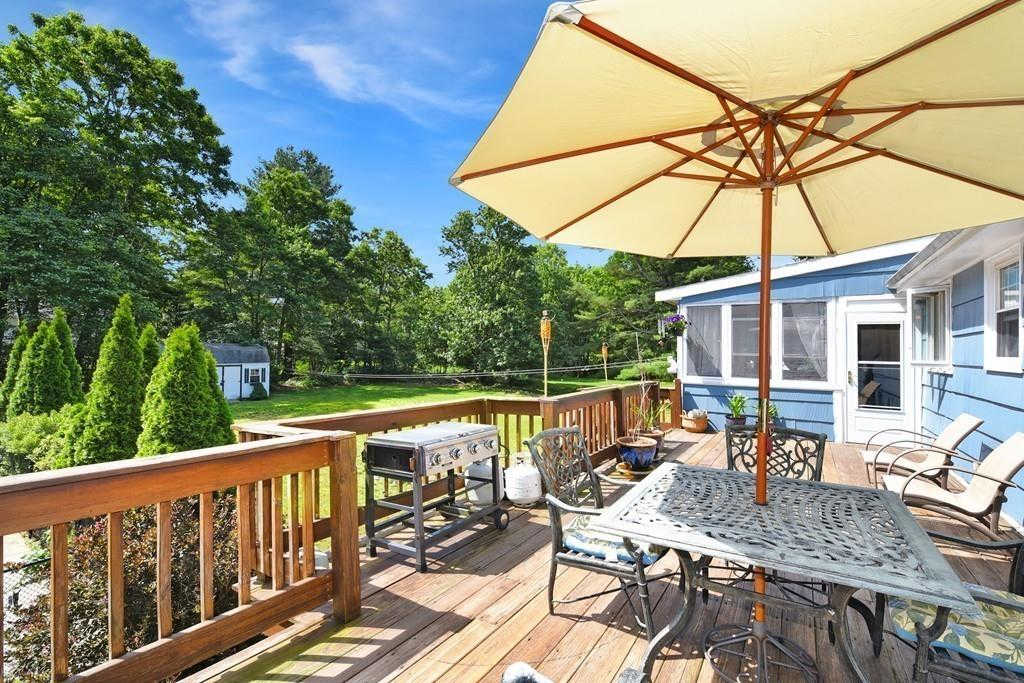 21 Ledgewood Dr, Canton, MA 02021 has an Open House on  Sunday, June 23, 2019 12:00 PM to 2:00 PM